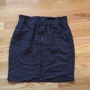 GAP size 2 skirt